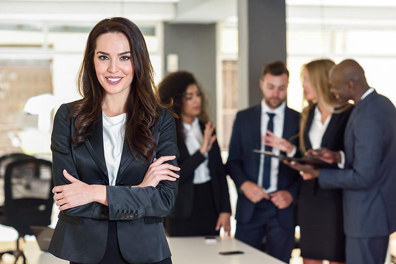 Άντρες και γυναίκες εργαζόμενοι: Δουλεύουν όντως διαφορετικά;